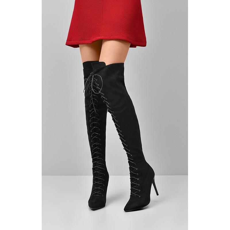 Šnúrovacie dámske čižmy nad kolená v čiernej farbe - fashionday.eu d212d180642
