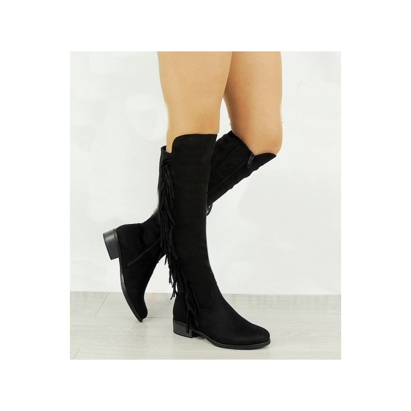 Dámske zateplené strapcové čižmy čiernej farby - fashionday.eu 459b4365ebe