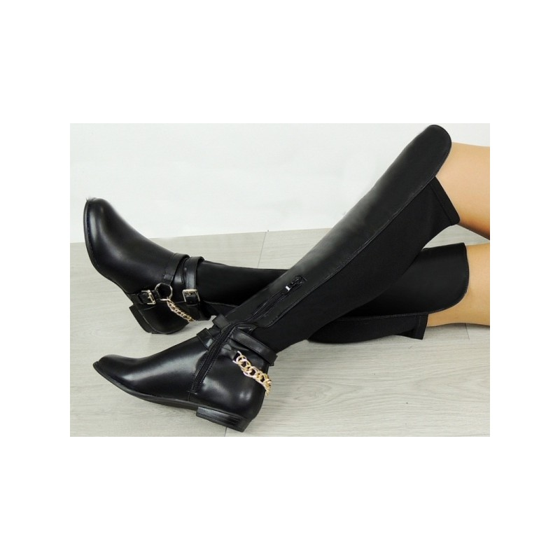 Dámske zimné čižmy s retiazkou čiernej farby - fashionday.eu fbba27eaf73