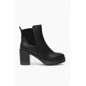 Čierne dámske členkové topánky na jeseň s hrubým podpätkom