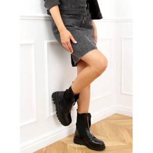Dámske čierne topánky na zimu so strieborným zipsom