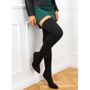 Sexy dámske čierne čižmy nad kolená na úzkom opätku