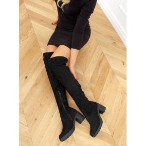 Pohodlné dámske čierne semišové čižmy nad kolená a hrubou podrážkou