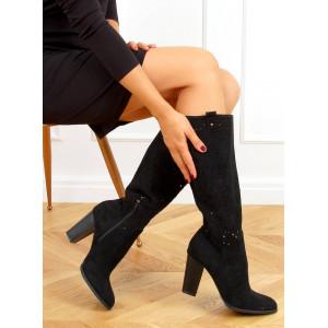 Dámske čierne čižmy kovbojky s módnymi výrezmi