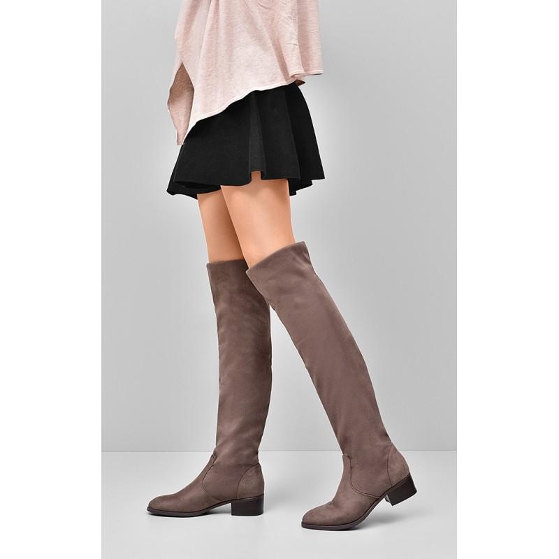 Čižmy pre dámy v hnedej farbe na nízkom podpätku - fashionday.eu 9f07c87607a