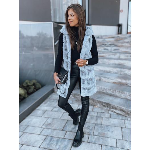 Trendy dámska svetlo sivá kožušinová vesta s kapucňou