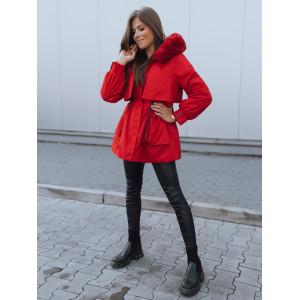 Červená dámska bunda na zimu s dokonalým prepracovaním áčkového strihu