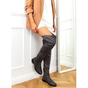 Moderné dámske sivé semišové čižmy nad kolená na nízkej podrážke