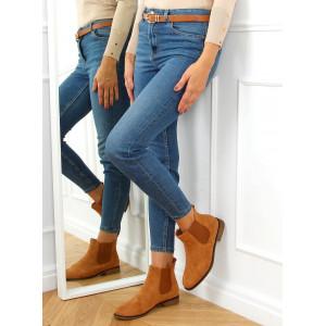 Voľnočasové medovo hnedé dámske semišové členkové topánky