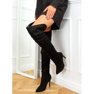 Moderné dámske čierne semišové čižmy s nariasením