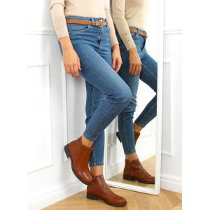 Zateplené dámske členkové topánky v krásnej koňakovej farbe