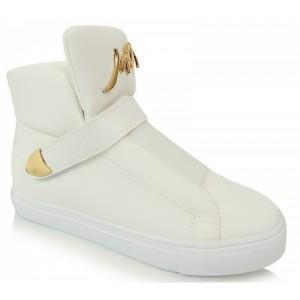 a3311c9be Biele dámske členkové topánky na podpätku zdobené kamienkami ...