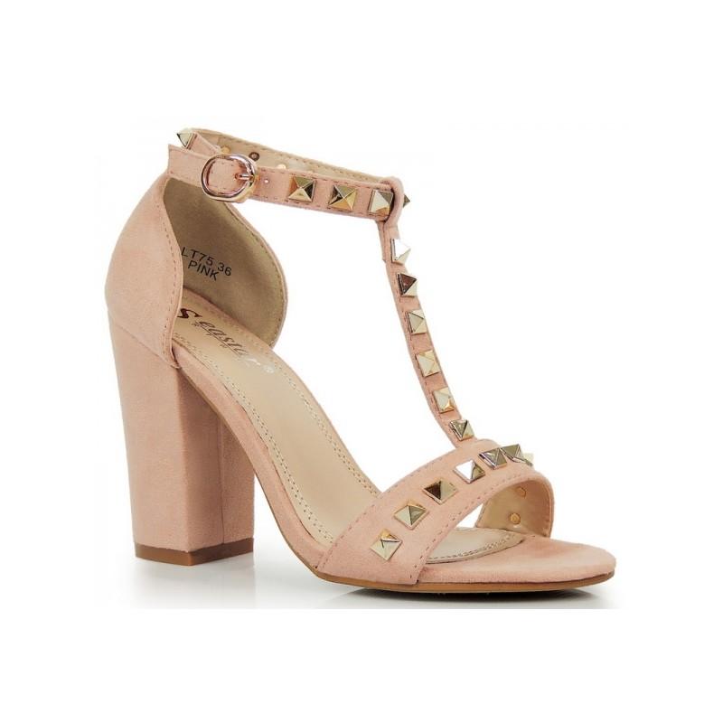 10c2682f4754 Ružové sandále na hrubom opätku so zapínaním na pracku - fashionday.eu
