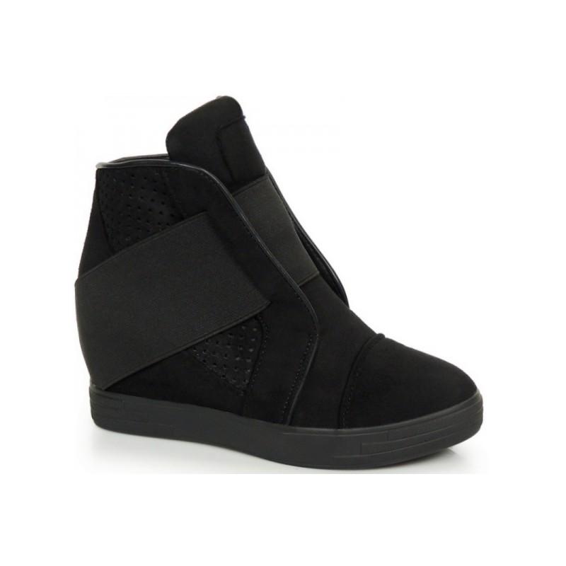 Predchádzajúci. Dámske semišové členkové topánky čiernej farby ... e870b5e4b15