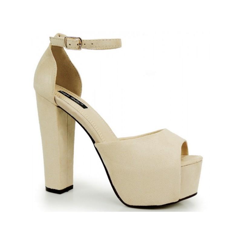 2b632e5a6076 Dámske sandále na hrubom opätku s platformou v béžovej farbe ...