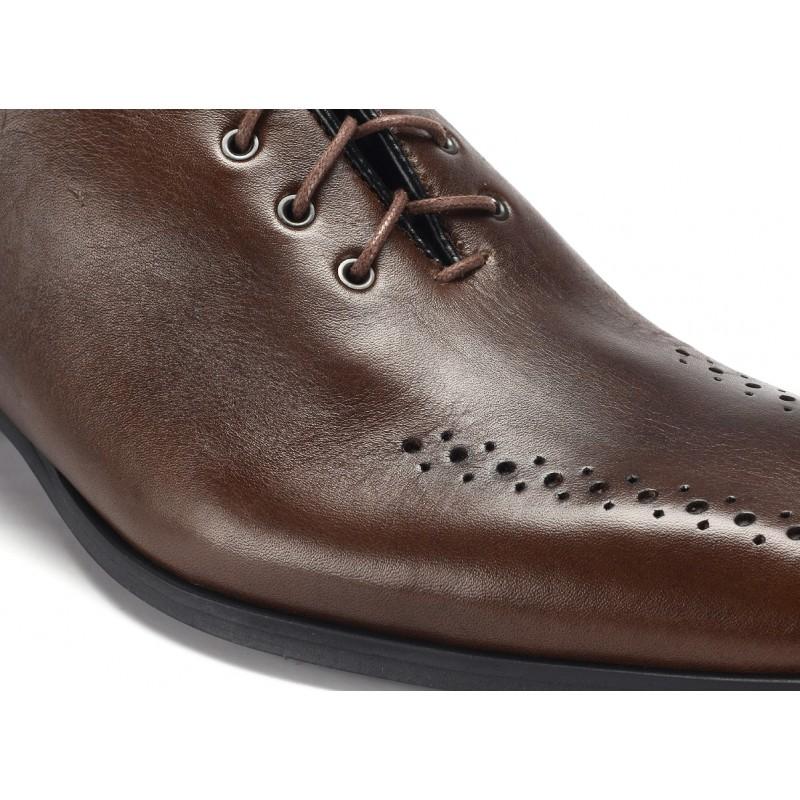 327f2a19be4 Hnedé pánske spoločenské topánky COMODO E SANO - fashionday.eu