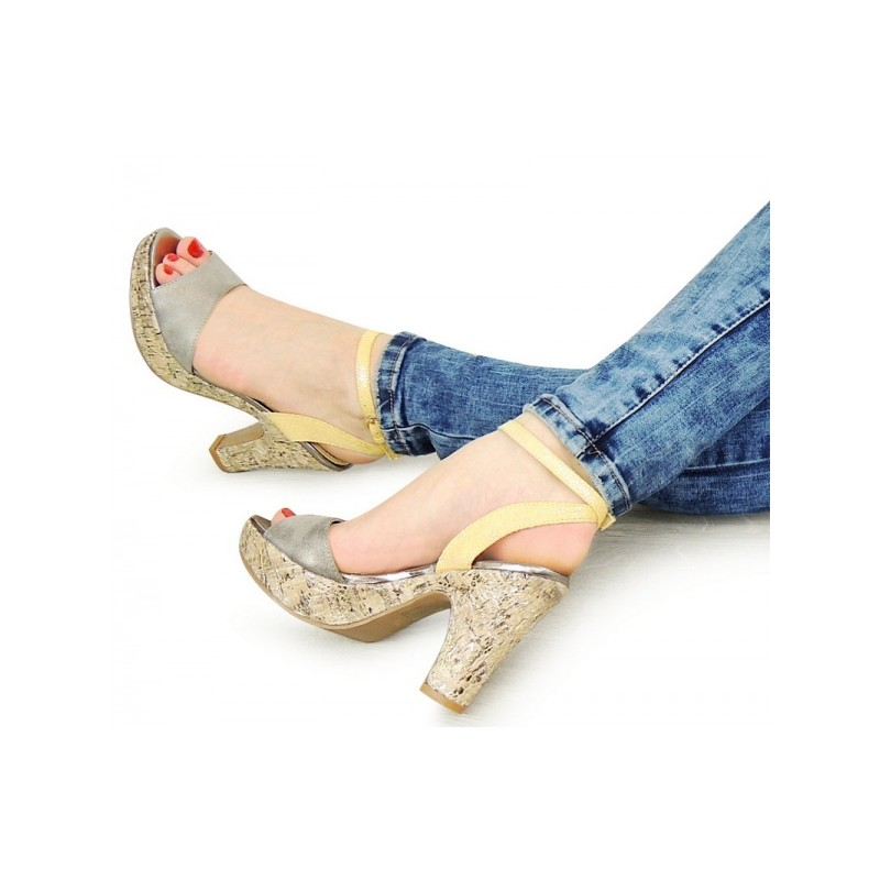 Dámske letné sandále na opätku strieborno žlté - fashionday.eu 1c408607100
