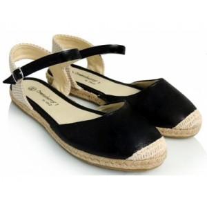 Letné dámske espadrilky čiernej farby s pletenou špičkou