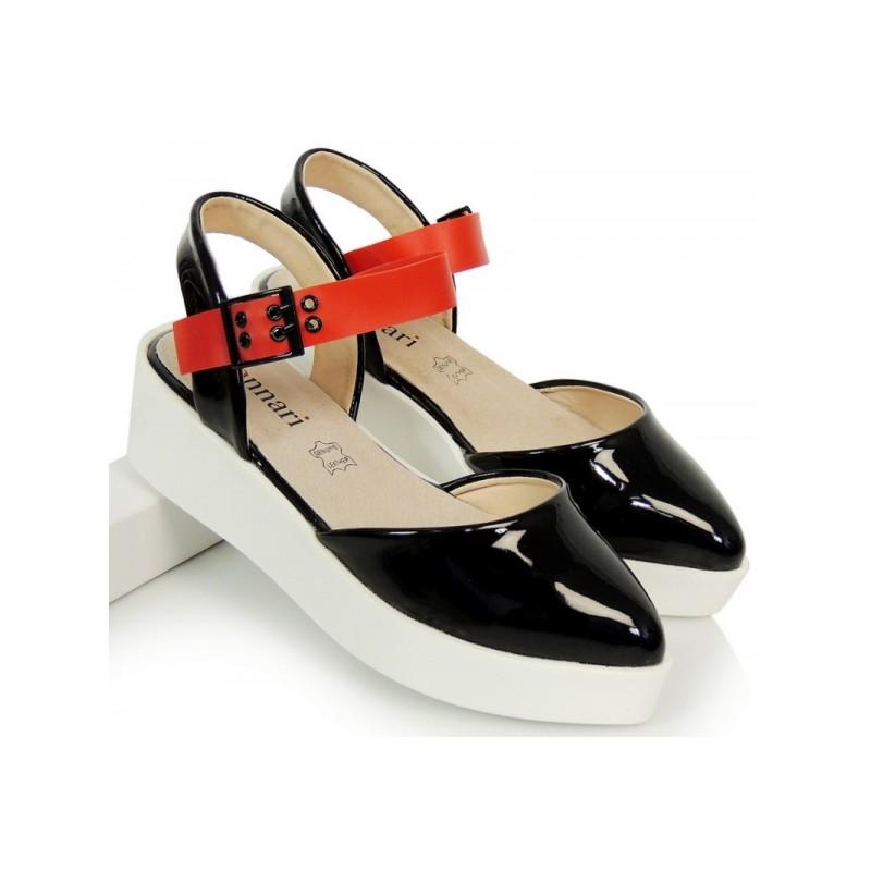 910ab36b3c6c Čierne dámske sandále s hrubou podrážkou - fashionday.eu