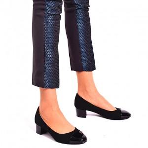 Lodičky dámske čiernej farby na nízkom podpätku