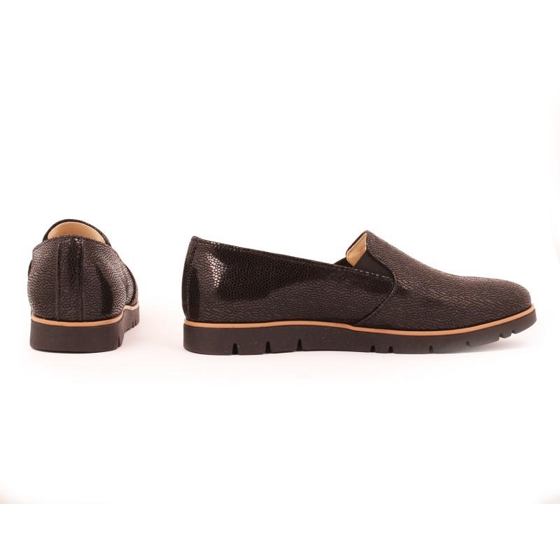 4d992ed91f Pohodlné dámske kožené poltopánky čiernej farby - fashionday.eu