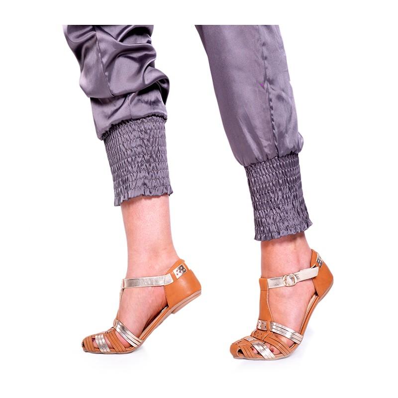 46ee44e3bc54 Pohodlné hnedé dámske sandále s nízkou podrážkou - fashionday.eu