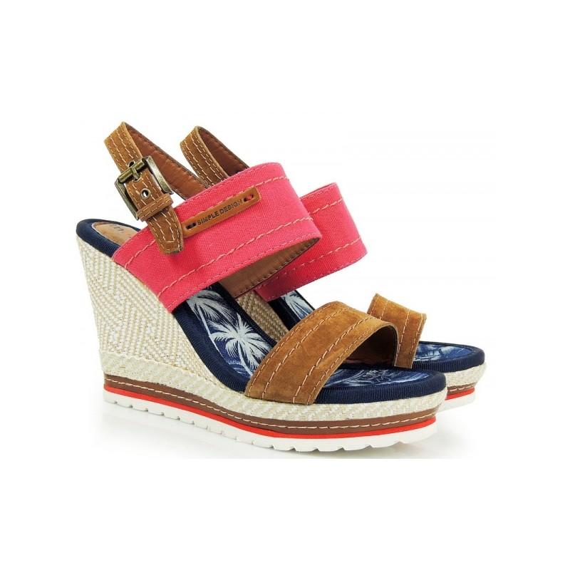 Červené dámske sandále na platforme - fashionday.eu c4c63e3f288