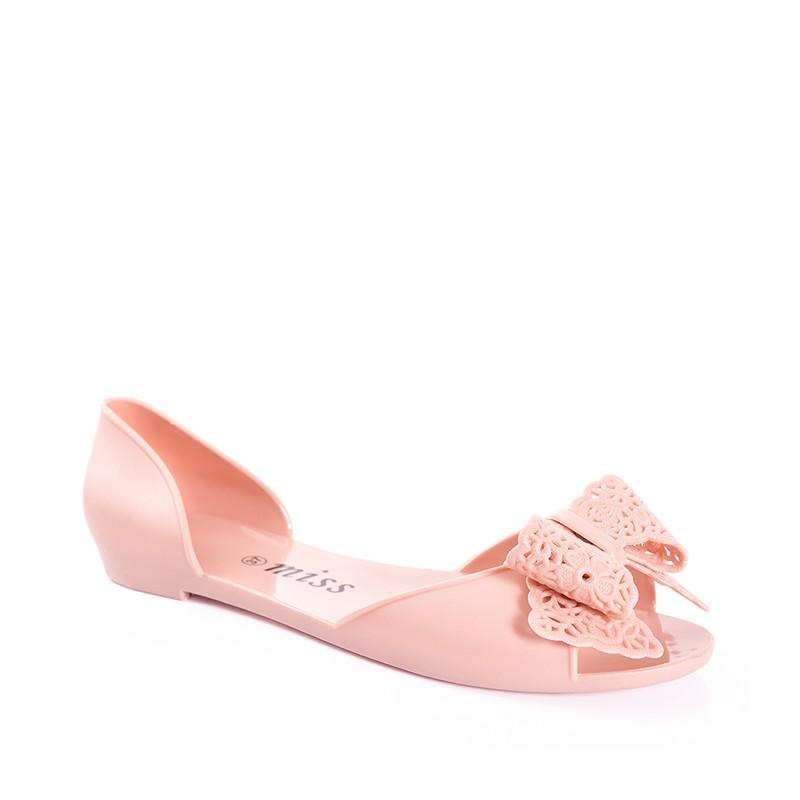 6ddcb688536b Béžové letné sandále s mašľou - fashionday.eu