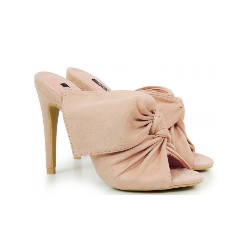 1b9a9d2023a9 Ružové dámske sandále s mašľou - fashionday.eu