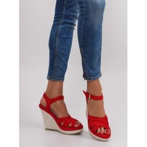 Červené letné dámske sandále na platforme