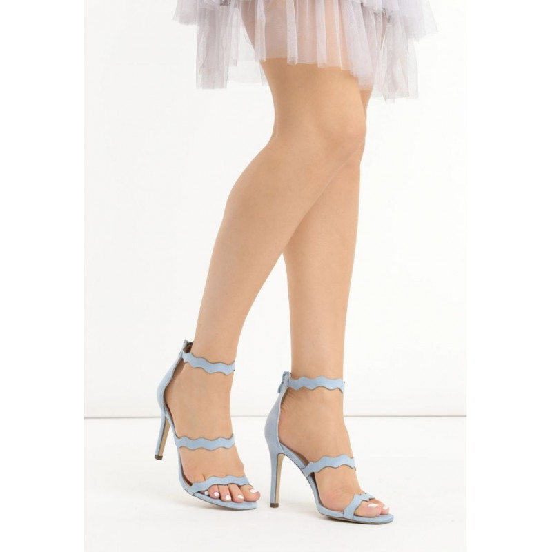 9cc640d20bb61 Predchádzajúci. Spoločenské dámske sandále v modrej farbe ...