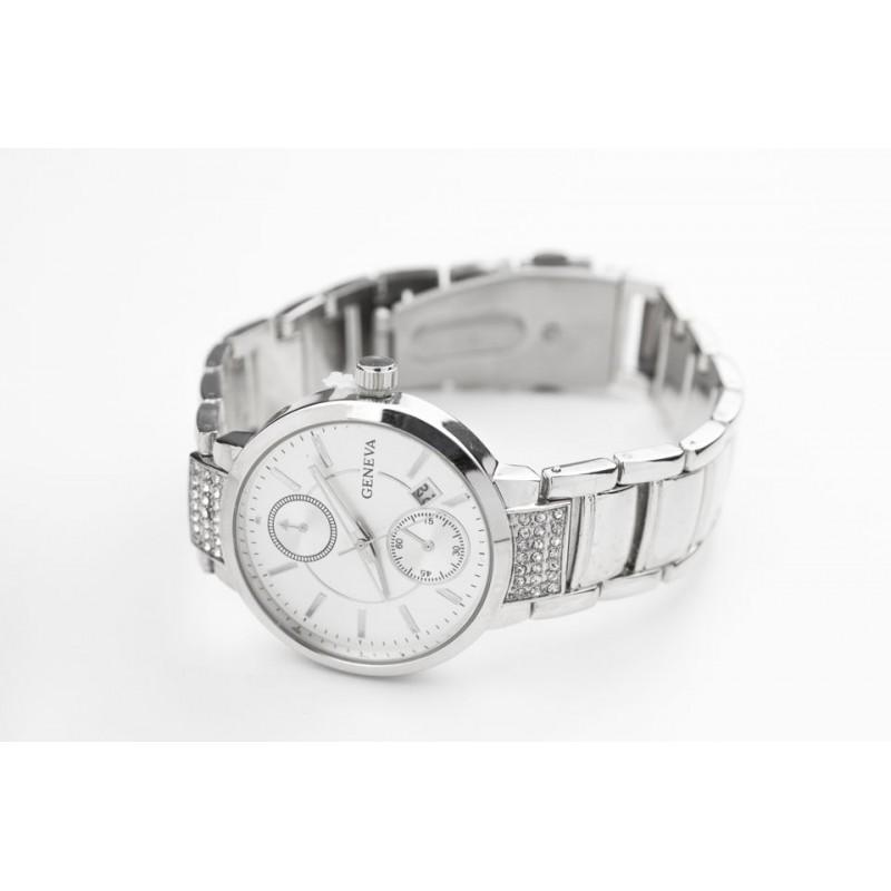 Kvalitné dámske hodinky strieborné - fashionday.eu cf370e7fe53