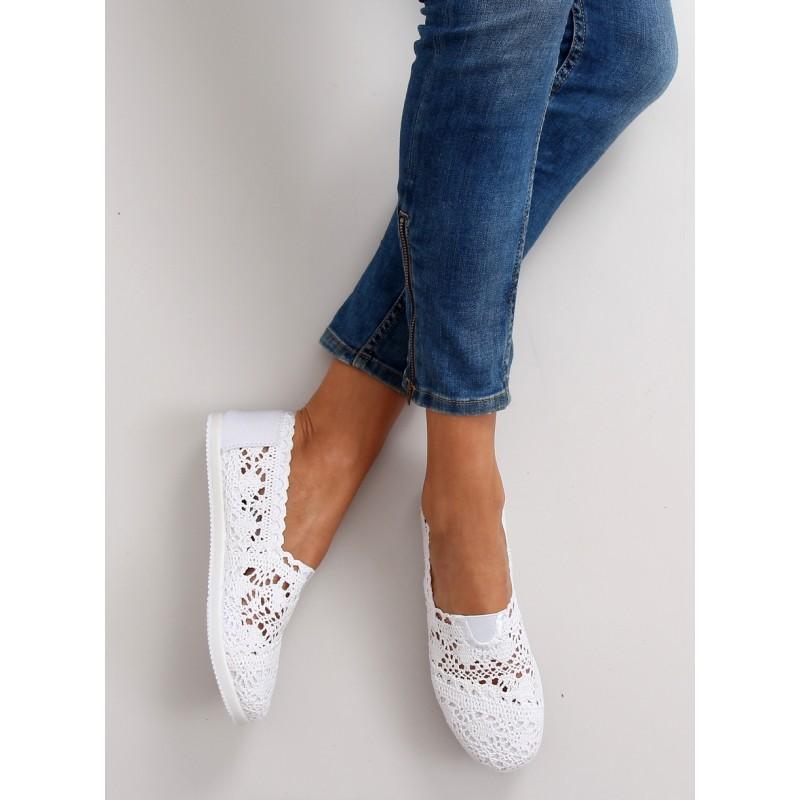 a841a3d0533d Biele dámske háčkované espadrilky na leto - fashionday.eu