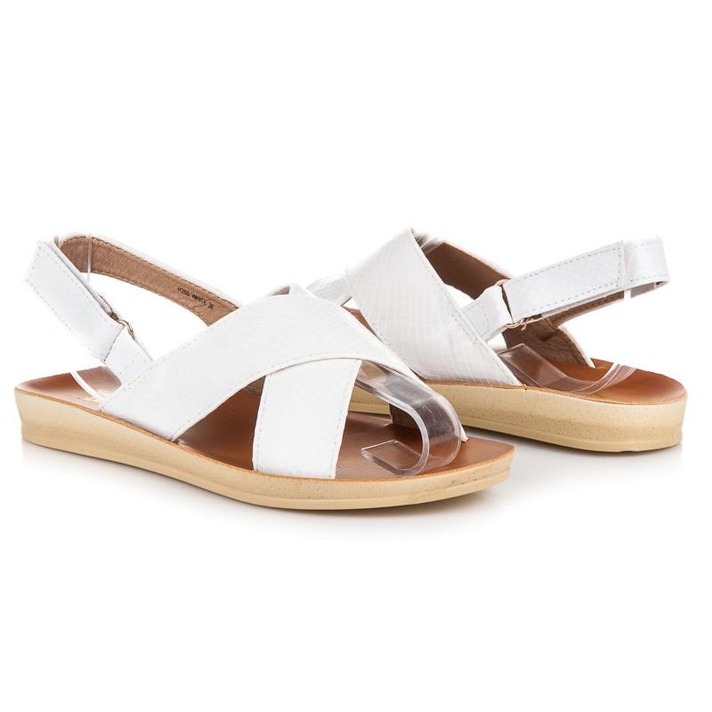 a00a98a1dab0 Nízke dámske sandále na leto bielej farby - fashionday.eu