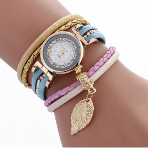 Dámske ozdobné hodinky svetlo modrej farby