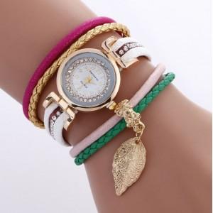 Dámske biele náramkové hodinky s lístkom