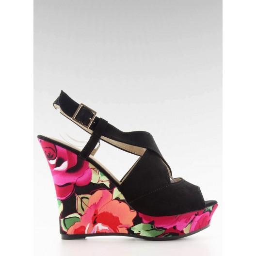 Čierne sandále pre dámy na platforme