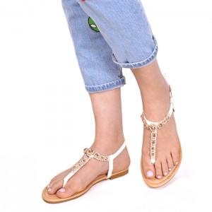 Letné biele sandálky s kamienkami