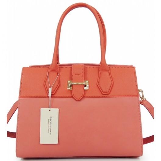 Štýlová dámska kabelka s prackou ružovej farby