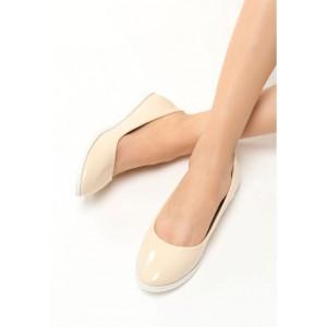 SKLADOM 36 Štýlové dámske balerínky béžovej farby