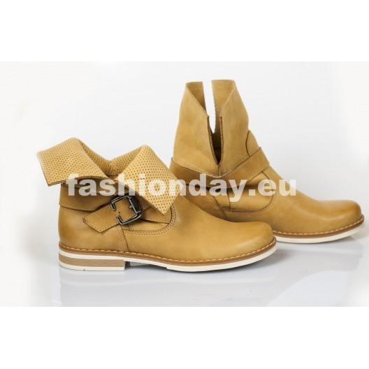 Dámske topánky Dierkované Pravá koža Farba piesková
