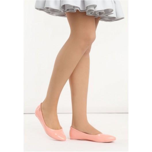 SKLADOM  36 Dámske balerínky v ružovej farbe lesklé
