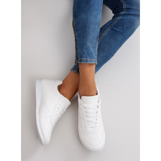 Biele dámske topánky na jeseň