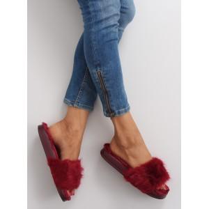 Chlpaté červené šľapky pre dámy