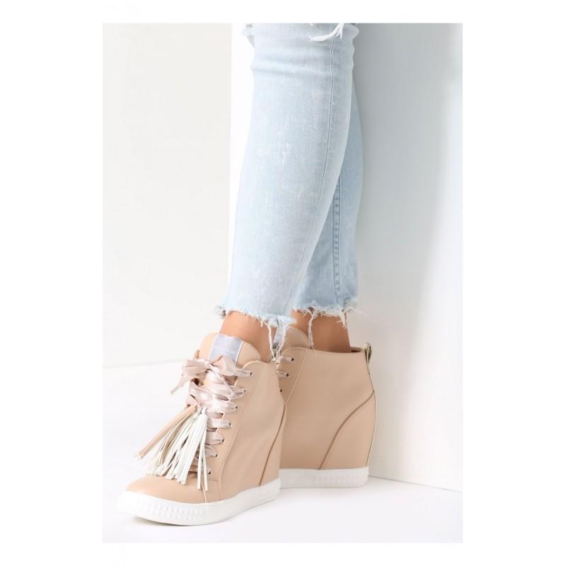 614ab59b5930 Predchádzajúci. Béžové dámské topánky na platforme ...