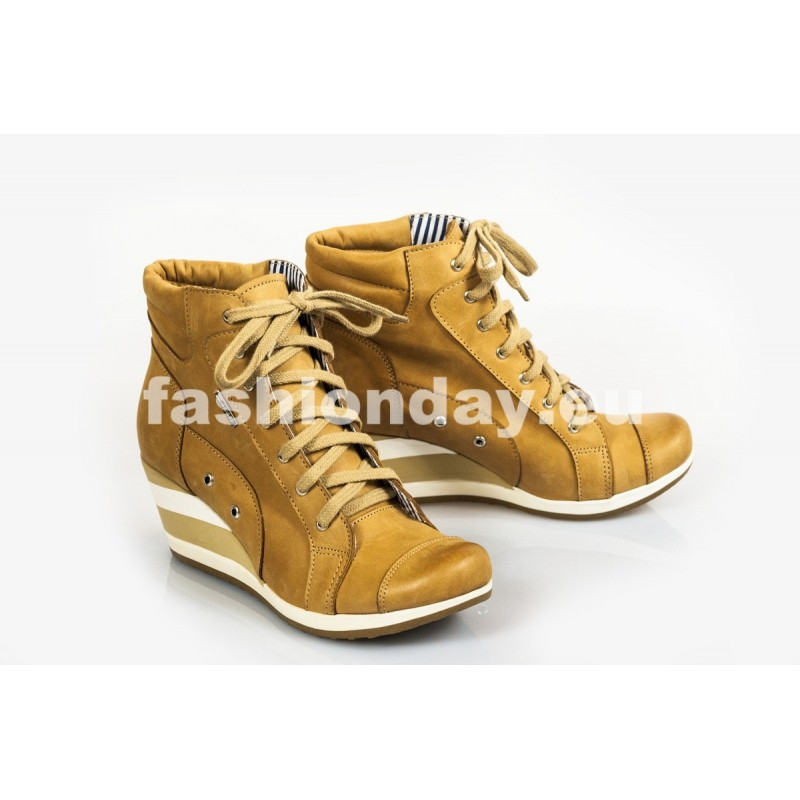 bc83090a77 Dámske kožené topánky pieskové DT215 - fashionday.eu