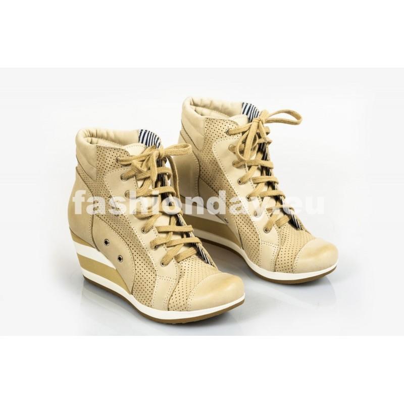 Dámske kožené topánky dierkované bežové DT218 - fashionday.eu 1f3a6285535