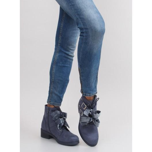Modré dámske topánky na opätku