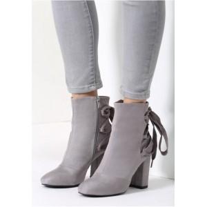 Zimné dámske topánky na podpätku sivej farby