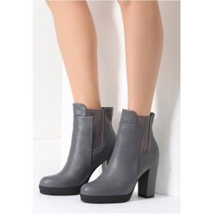 Dámske topánky na zimu sivej farby